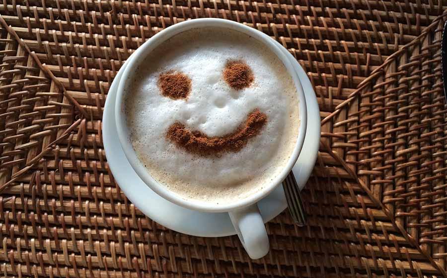 Con azucar de sin calorias de leche taza cafe una